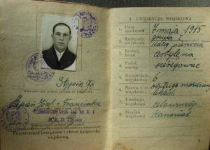 Powojenna książeczka wojskowa J. Stępnia (fot. archiwum autora)