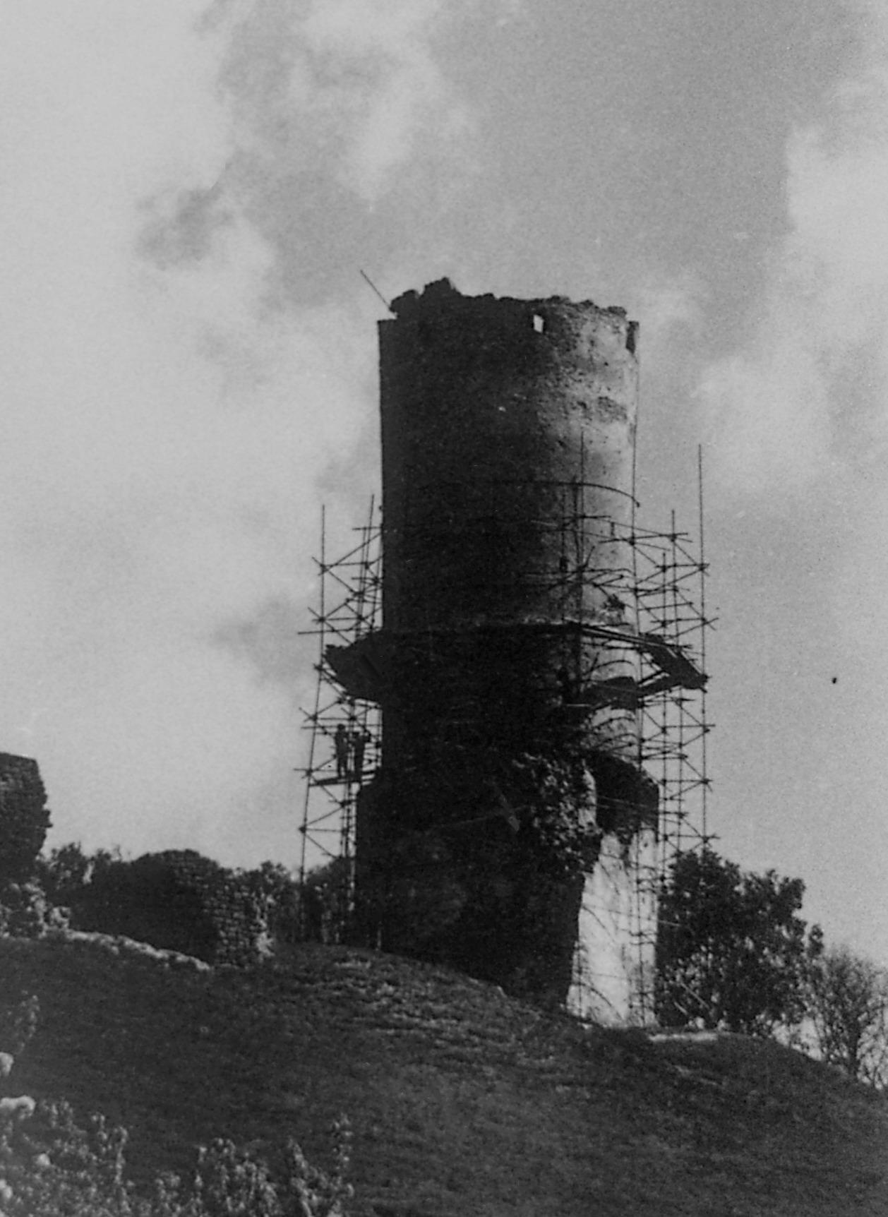 Remont wieży głównej po II wojnie światowej