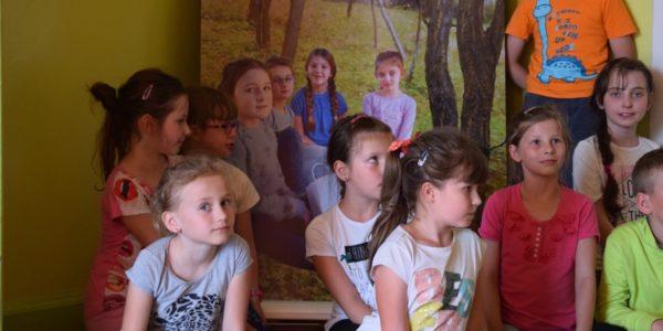 6. Dzieci przed roll-upem